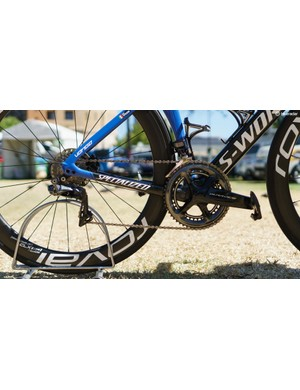 Both bikes are built around a Shimano Dura-Ace R9170 Di2 disc groupset