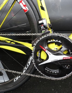 FSA's K-Force Light crank forms the foundation of Voeckler's transmission. He uses 172.5mm crank arms and 54/39 chainrings. A close look at his Dura-Ace rear derailleur will reveal FSA derailleur pulleys. For Stage 2, the Frenchman ran an 11-23 cassette