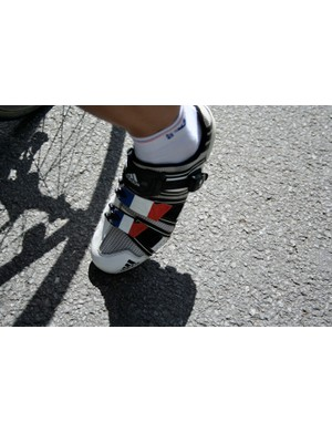 Nicolas Vogondy (Agritubel) has his outfit completed by two tricoleurs on his Adidas' straps.
