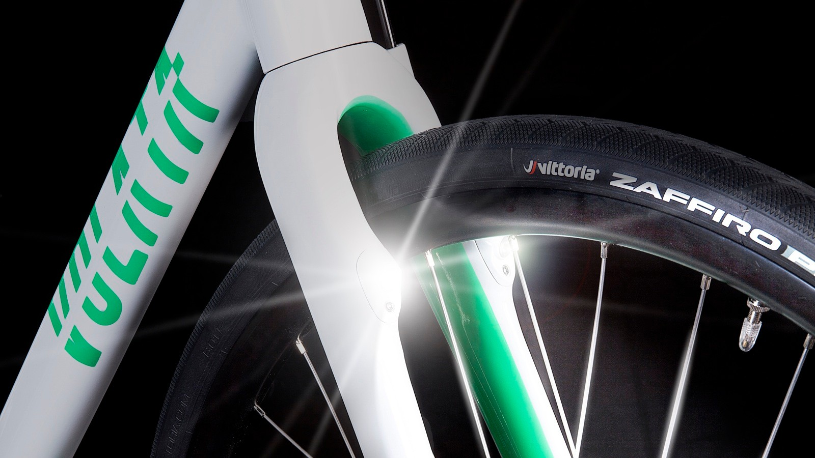 The integrated lights are powered by an internal battery that is charged by the front hub dynamo