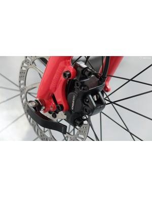 Tektro hydraulic brakes complement the Shimano drivetrain
