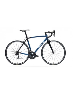 The Van Rysel Ultra 900 AF 105 is the entry level bike in the range at £850 / €1,000
