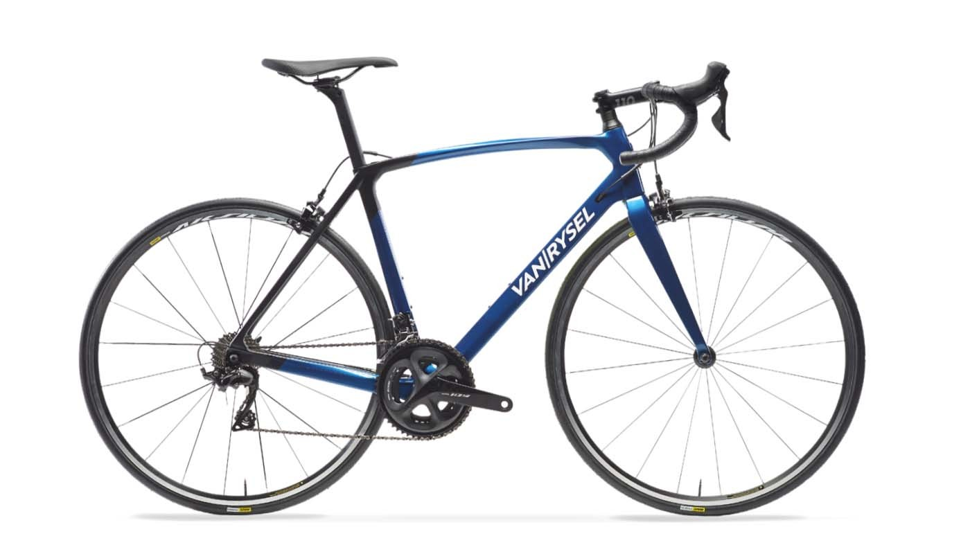 The Van Rysel Ultra 900 CF 105 has a full carbon frameset to keep the weight down