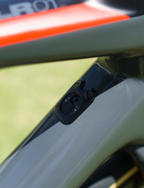 A Di2 port is located on the down tube of the frameset