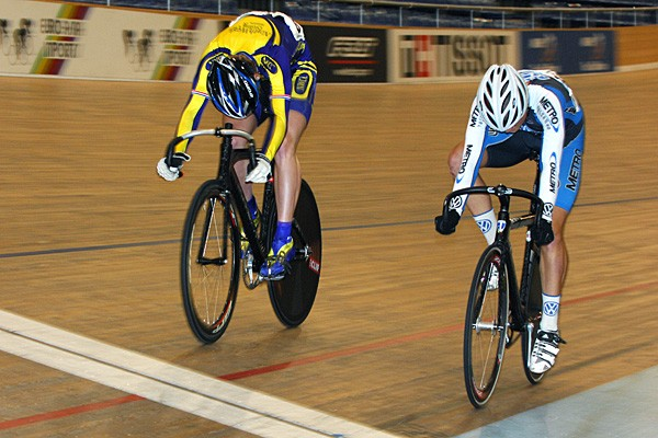 Down to the wire for American track racers Daniel Walker and Epes Harris.