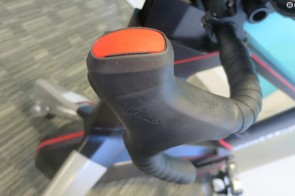 The dedicated hoods can be fitted to any bar, so you can set the Atom up as close to your real outdoor bike as possible