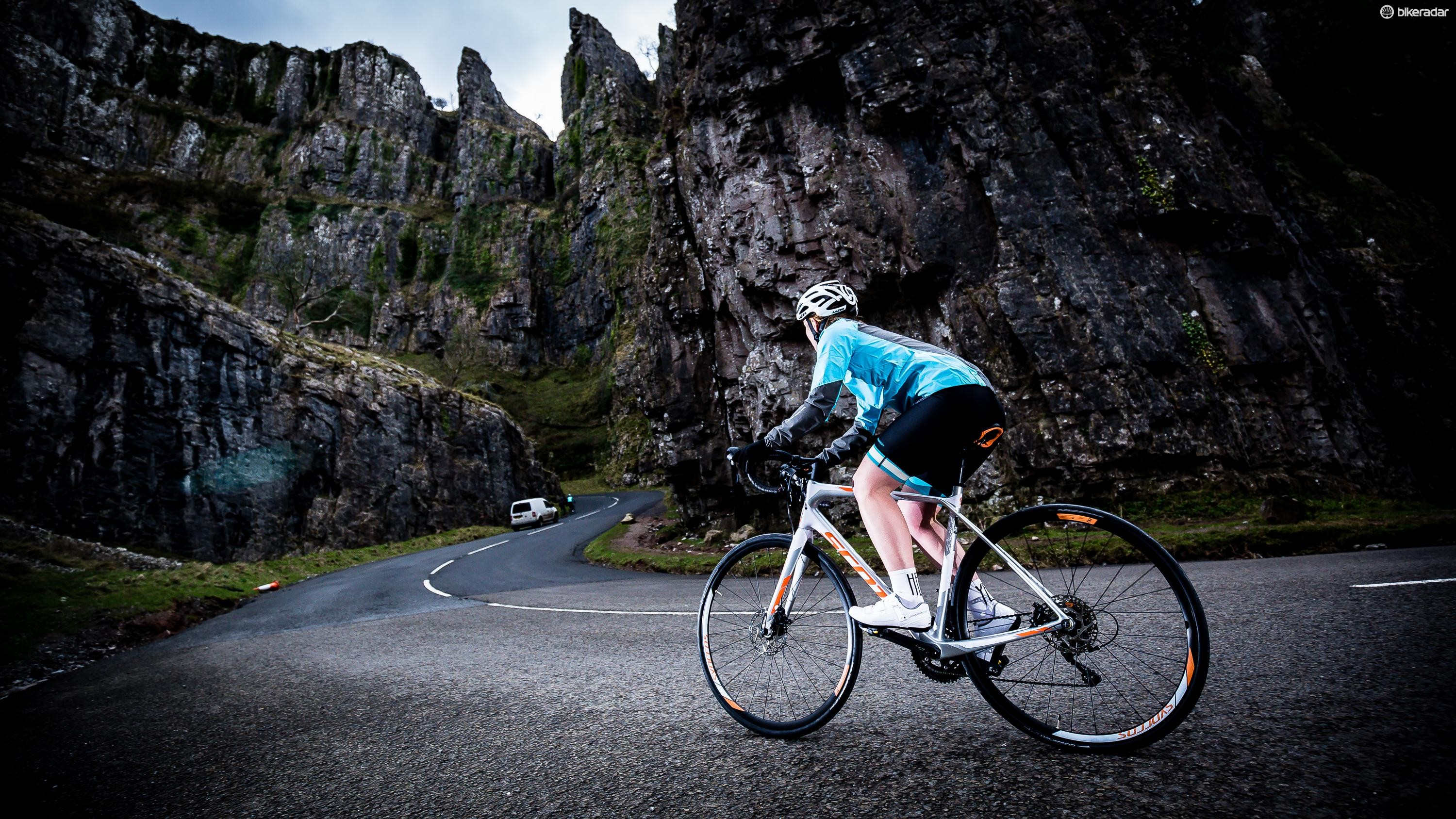 The Scott Contessa Solace 25 women's road bike in action