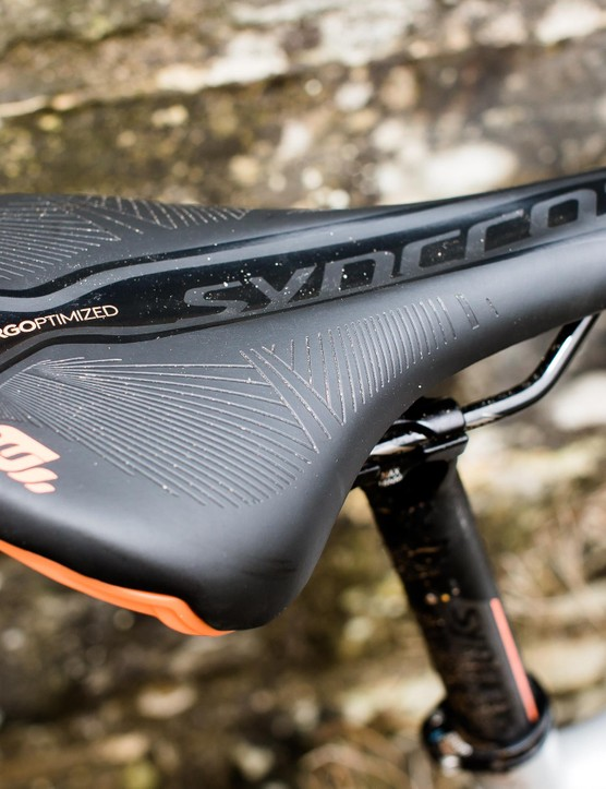 The women's-specific Syncros saddle wasn't to our taste