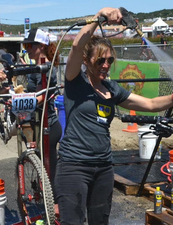 MTB legend Leigh Donovan sprays the California dust off a competitor's bike