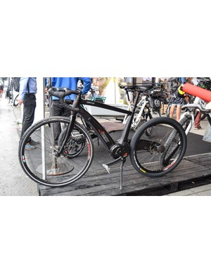 The Neox Sporter e-bike has a fully integrated drivetrain, and only half a rear triangle