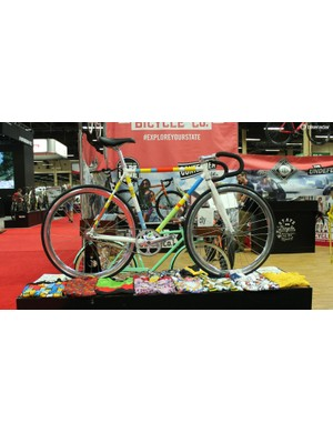 Fixies used to be a dime a dozen at Interbike. They're largely gone now, but this one is different…