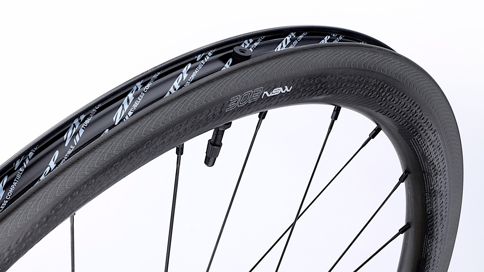 The new NSW wheels have a 19mm internal width, and are ready for tubeless