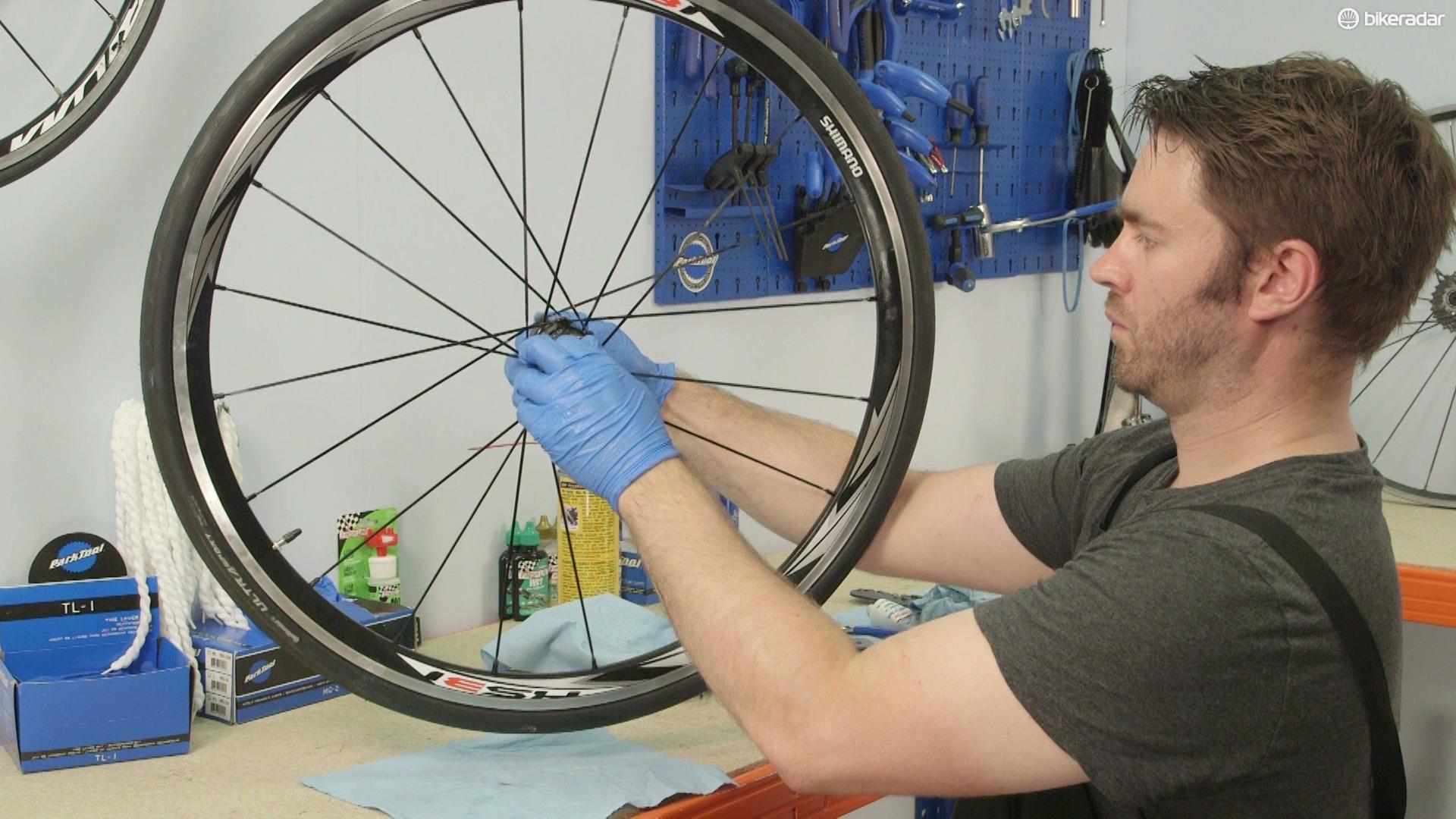 How to service the hubs on your bike
