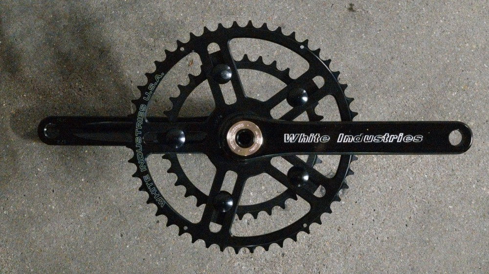 White Industries R30 VBC cranks on grey background
