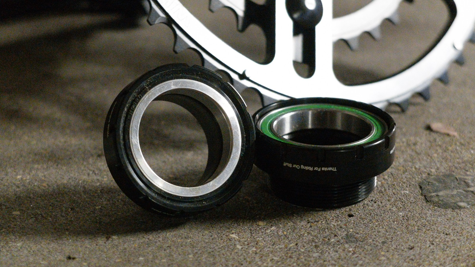 The cranks spin on a dedicated bottom bracket which uses Enduro bearings