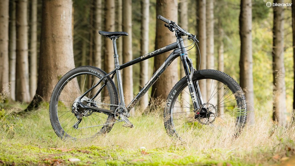 fdcf502e864 Whyte's 909 hardtail. Whyte's 909 hardtail Russell Burton. The Fox Float 34  Performance fork isn't as supple as some