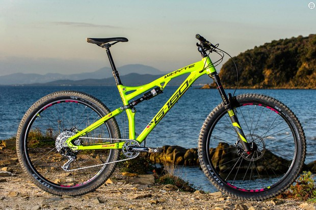 79d757e07a4 Whyte G-160 S review · The latest 905 gets the sealed 'Intergrip' seat clamp  from Whyte's full-sussers