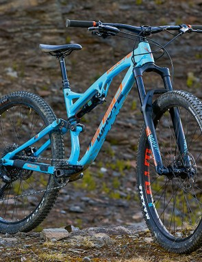 The S-150's geometry is superb and really encourages speed. Sadly the Revelation fork struggles on rougher ground, holding the Whyte back at times