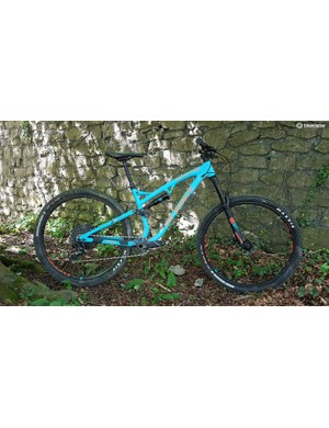 The Whyte S150 is a 150mm 29er, which can also take 650b x 2.8in tyres