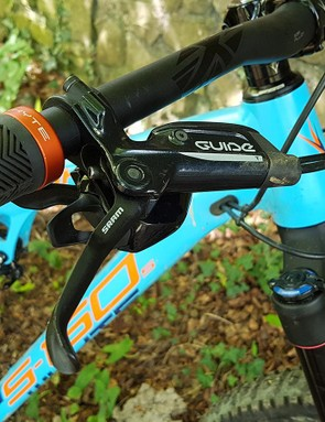 SRAM Guide R brakes are a common sight on bikes at this price point