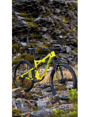 The Works is the top-end model, with SRAM's XX1 Eagle 12-speed gearing