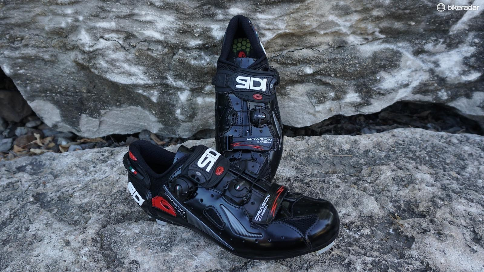 The Dragon 4 go with Sidi's tried and true MEGA wide fit system — ideal for the high-volume foot