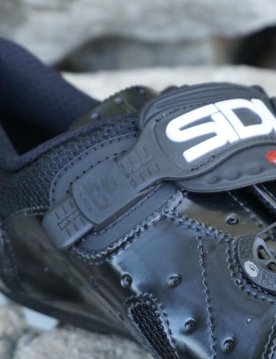 The upper strap on the Dragon 4 is adjustable for perfect fit, similar to practically every shoe it makes