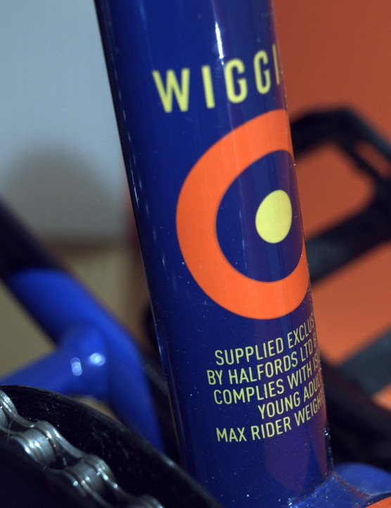 There are numerous little design features and details, such as the iconic Wiggins mod target