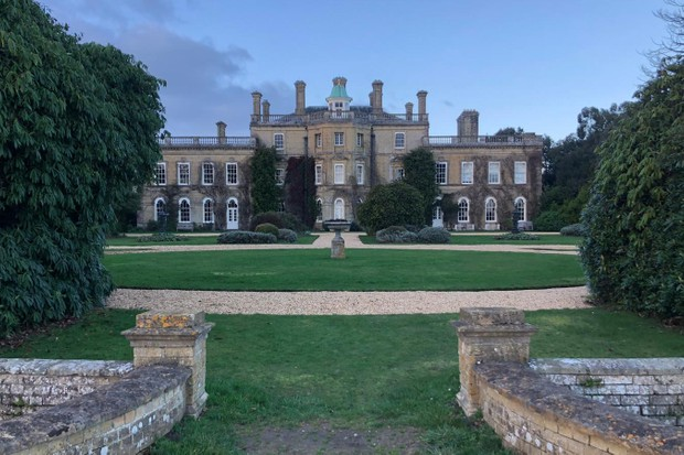 The stately home of Pylewell Park is the base for the Wiggle New Forest Sportive