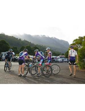 Team Gu riders plan strategy