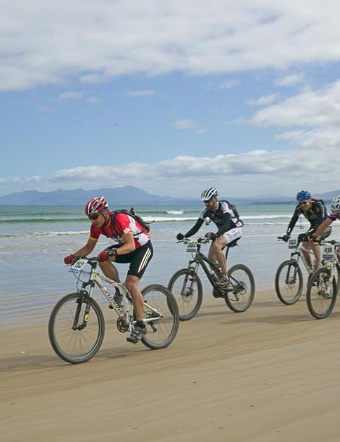 Hugh Murray Walker of NSW leads one of several chasing packs along Ocean  Beach.