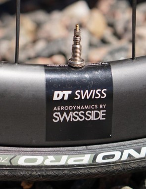 DT Swiss partnered with Swiss Side for the aero development. Swiss Side is a relatively new brand, but its founders have deep history in F1 engineering and aerodynamics