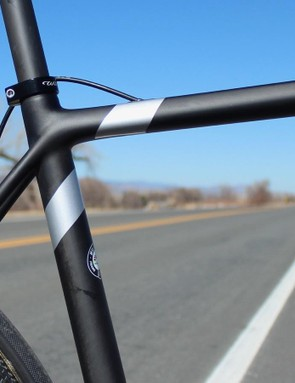 Seatstays flow into the top tube, as is the trend these days