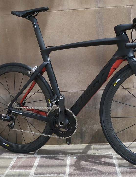 The extra clean lines of the flagship Cento10 Air SRAM Red eTap make for a stunning machine