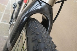 The full monocoque carbon fork has plenty of room to spare even with 42mm tyres fitted