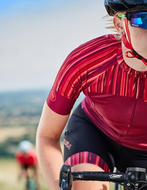Winner of best in test, the Pinstripe jersey combines great performance with a great price