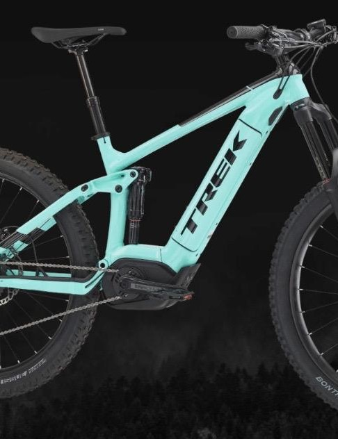 Two full suspension models and three hardtails make up the women's specific range
