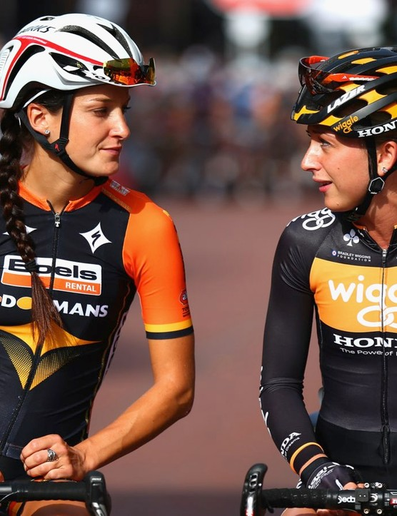 Britain's Lizzie Armitstead (left) and Laura Trott line up for the 2014 RideLondon Grand Prix Pro