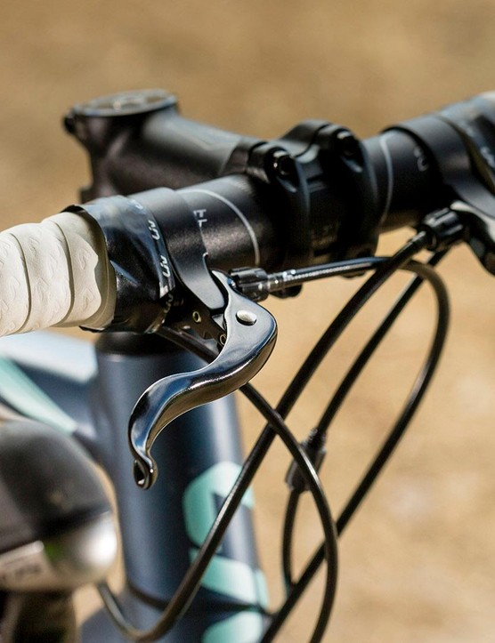 Cross top brake levers on the Liv Avail 1 were unusual, but our testers felt they were useful for riders making the transition from flat bars to drop handlebars