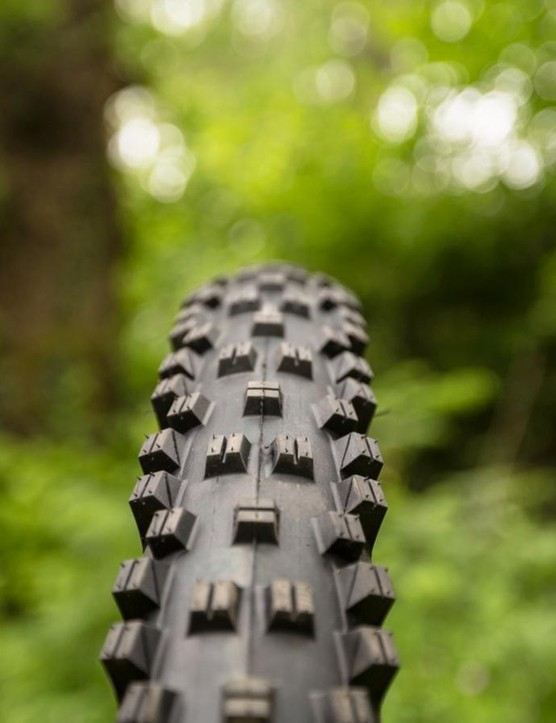 For damper conditions, the Vigilante is a favourite for many. It now comes in 2.5in and 2.6in widths and features taller tread blocks for a better bite
