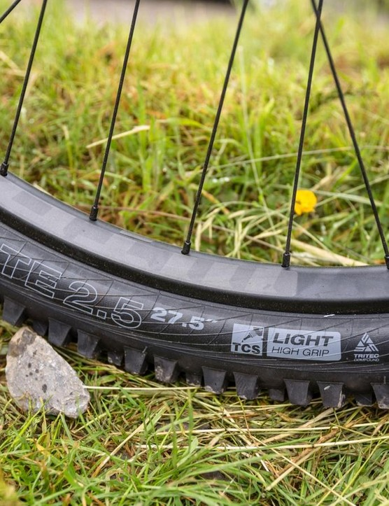 WTB have bolstered protection on its Light carcass, adding a nylon insert known as 'Slash Guard', to the tyre's sidewalls in a bid to ward off pinch flats more effectively