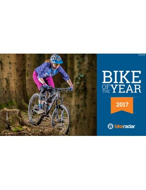 The Canyon Spectral WMN AL 8.0 EX - winner of women's trail bike of the year