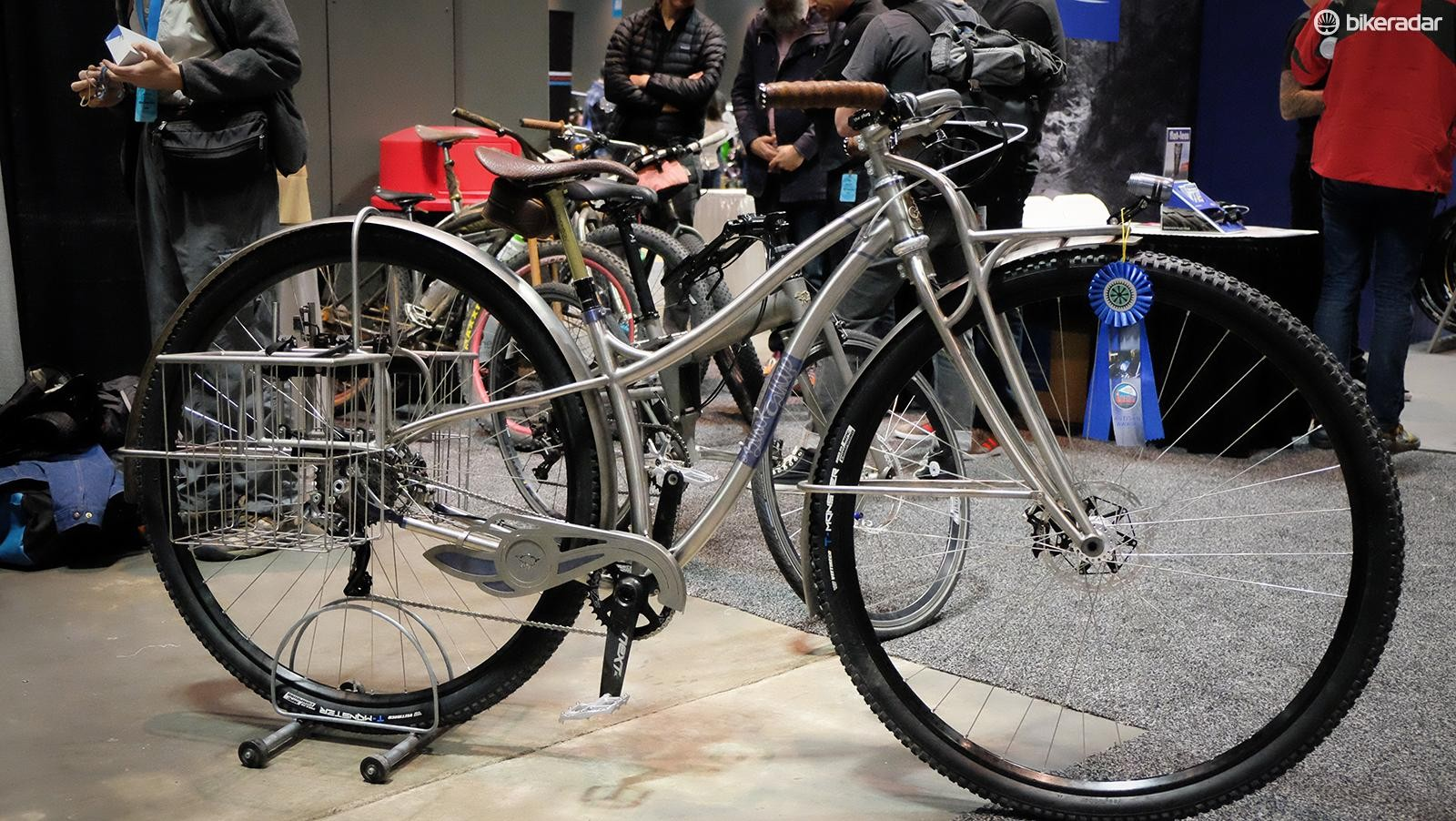 Blacksheep always brings wonderfully weird creations to the show. This 36er Ti townie was no exception
