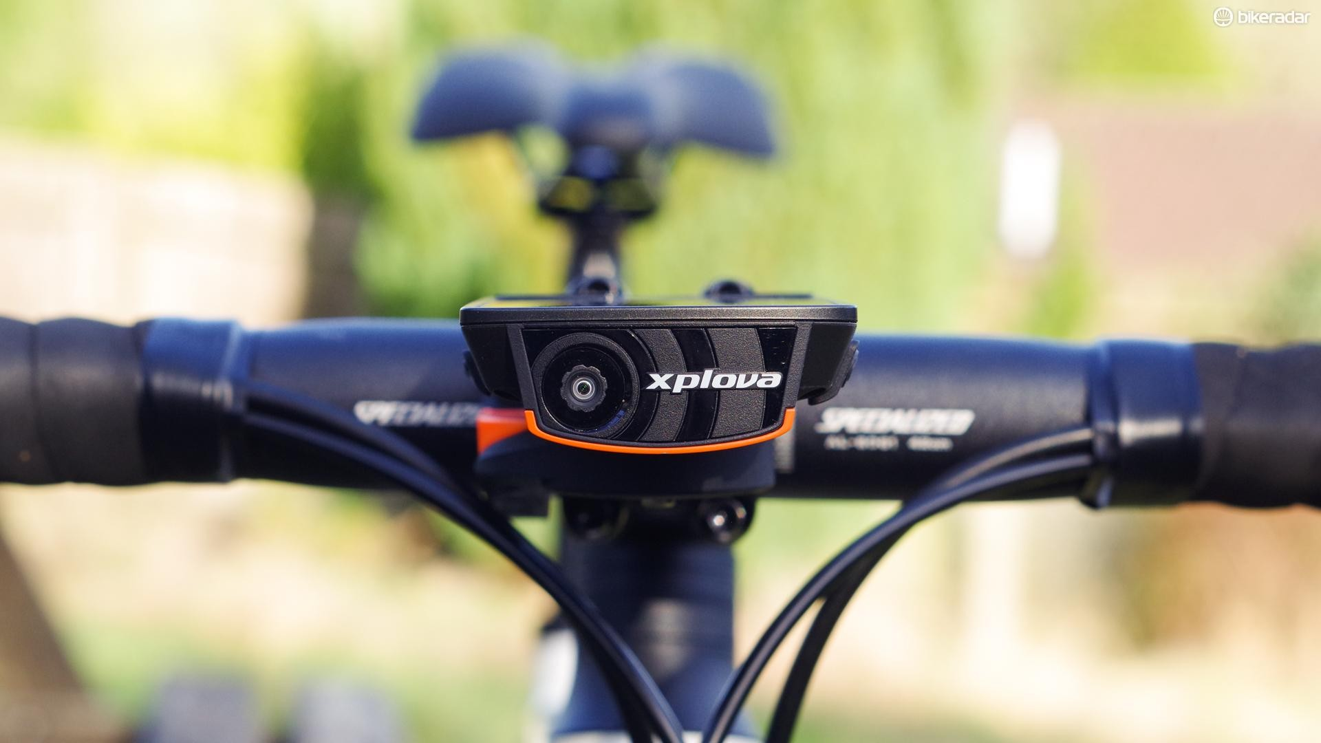 The X5's USP is a forward facing video camera, which records short snippets of footage