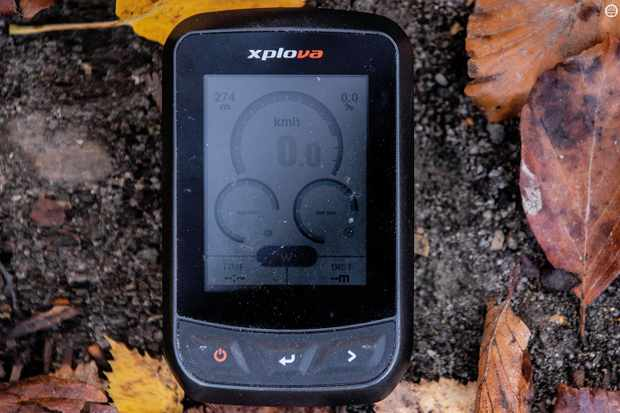 Xplova's new GPS unit can store 700 hours of ride data