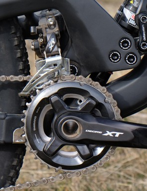 The gloss black finish on the XT crankset doesn't look this good for long
