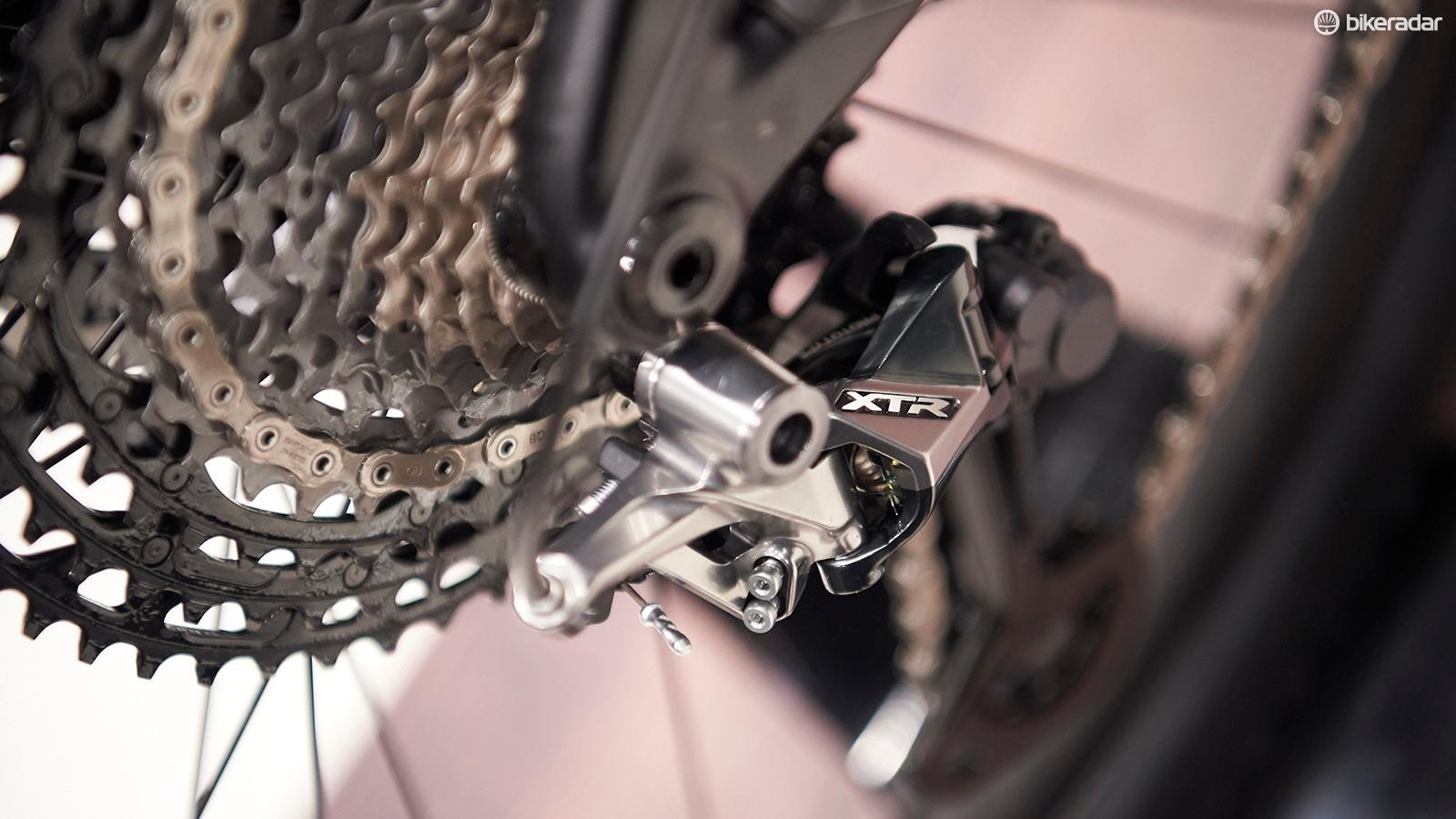 There are three versions of the latest XTR rear derailleur