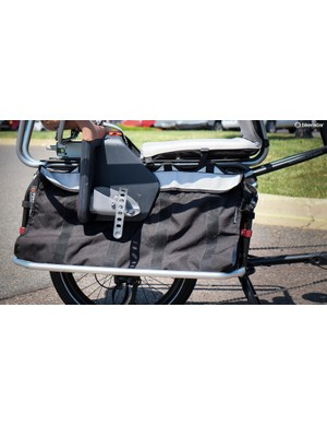 The Edgerunner 10E comes with cargo bags