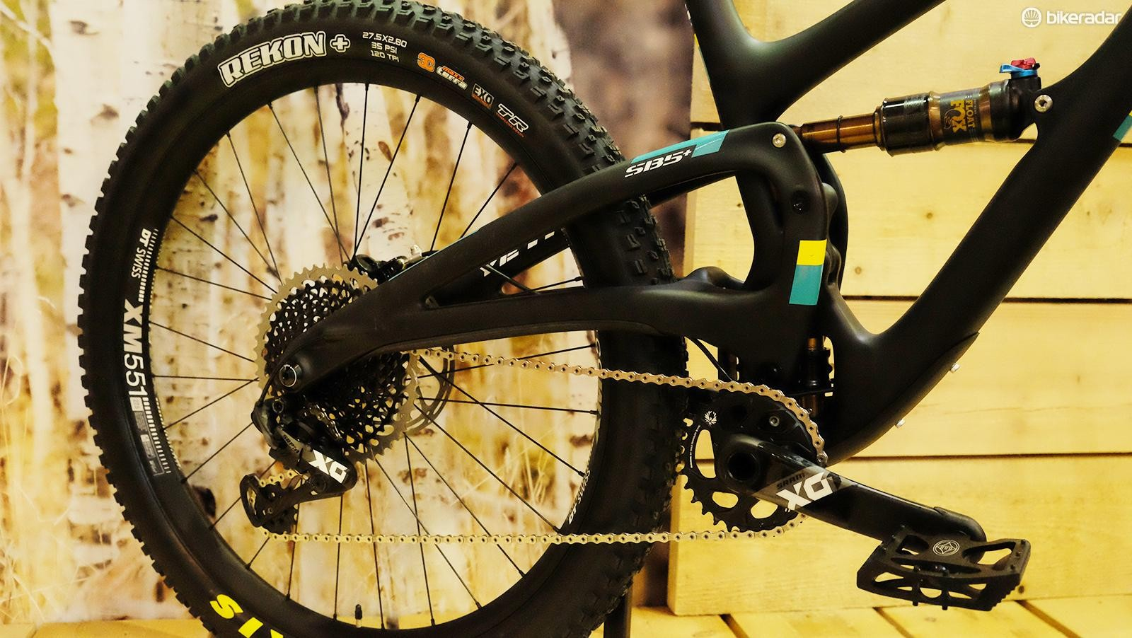 Even Yeti Cycles has resorted to elevated chainstays in order to tuck the rear wheel in tight on the new SB5+