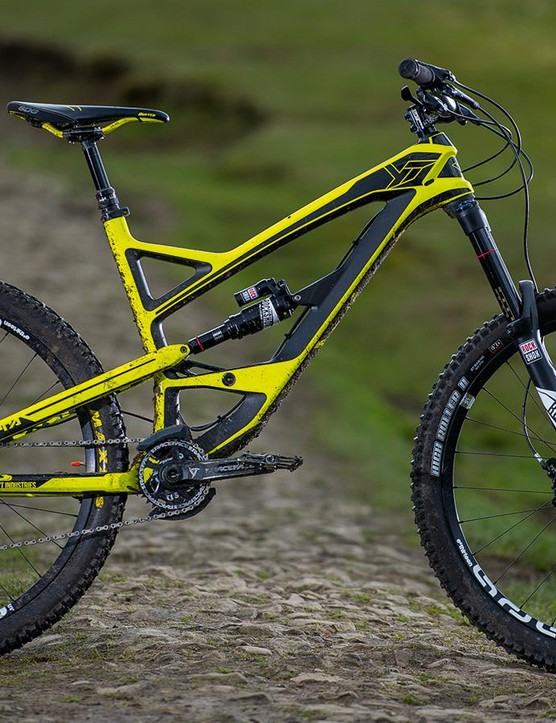 YT's Capra CF Comp is still the same creature we fell in love with in 2014, but it no longer stands out quite as it did